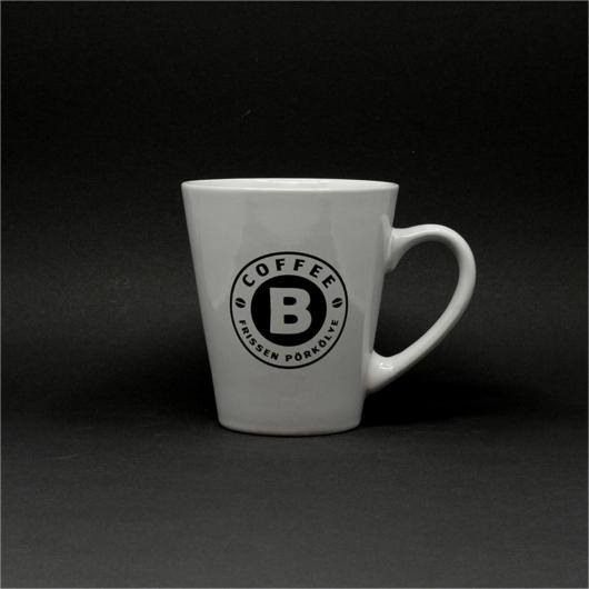 Bögre CoffeeB logóval
